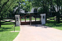 Custom Gates in Frisco, Texas